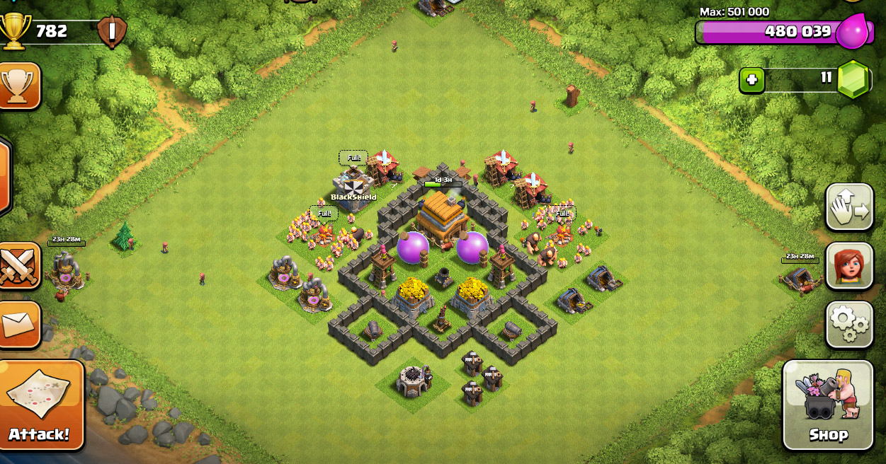 TH4 trophy and farming base